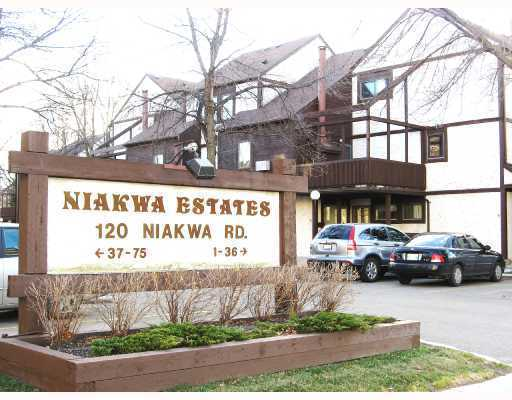 Main Photo: 120 NIAKWA Road in WINNIPEG: St Vital Condominium for sale (South East Winnipeg)  : MLS® # 2900213