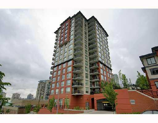"Main Photo: 1006 833 AGNES Street in New_Westminster: Downtown NW Condo for sale in ""THE NEWS"" (New Westminster)  : MLS(r) # V759639"