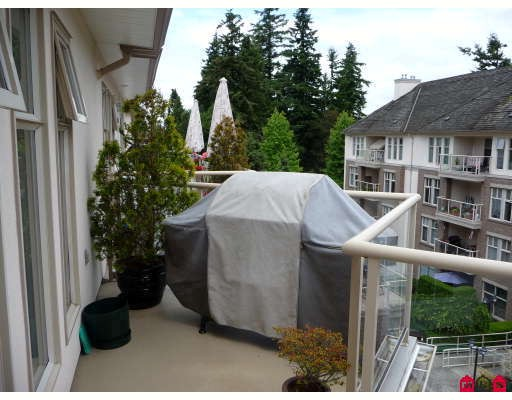 "Photo 10: 406 15340 19A Avenue in Surrey: King George Corridor Condo for sale in ""STRATFORD GARDENS"" (South Surrey White Rock)  : MLS® # F2914503"