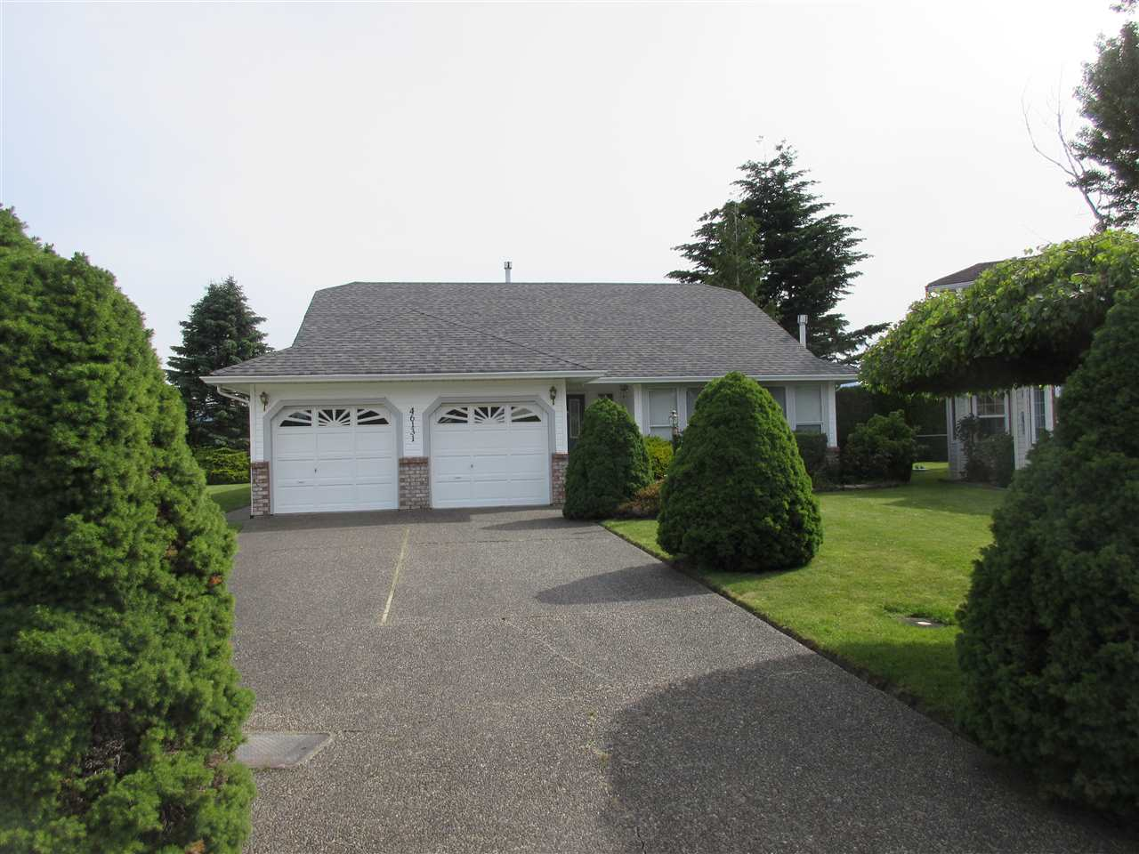 FEATURED LISTING: 46131 DOWNES Avenue Chilliwack