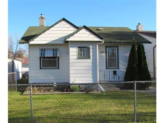 Main Photo:  in WINNIPEG: East Kildonan Residential for sale (North East Winnipeg)  : MLS® # 1020843