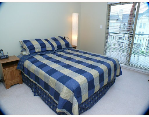 Photo 2: 401 1650 GRANT Avenue in Port_Coquitlam: Glenwood PQ Condo for sale (Port Coquitlam)  : MLS(r) # V730894