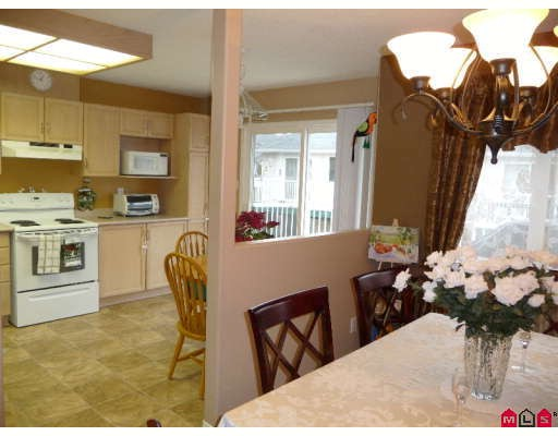 "Photo 4: 130 3160 TOWNLINE Road in Abbotsford: Abbotsford West Townhouse for sale in ""SOUTHPOINT RIDGE"" : MLS(r) # F2906113"
