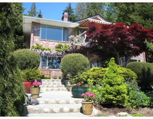 "Main Photo: 6868 ISLANDVIEW Road in Sechelt: Sechelt District House for sale in ""WEST SECHELT"" (Sunshine Coast)  : MLS® # V769556"