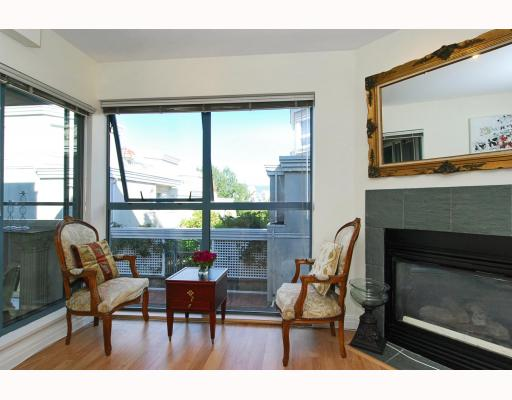 "Main Photo: 102 1195 W 8TH Avenue in Vancouver: Fairview VW Condo for sale in ""ALDER  COURT"" (Vancouver West)  : MLS®# V790134"