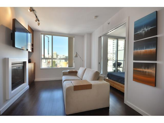 "Main Photo: 1909 1225 RICHARDS Street in Vancouver: Downtown VW Condo for sale in ""EDEN"" (Vancouver West)  : MLS(r) # V868509"