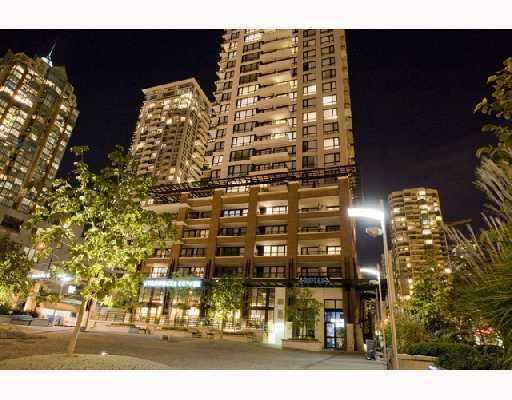 "Main Photo: 1501 977 MAINLAND Street in Vancouver: Downtown VW Condo for sale in ""YALETOWN PARK III"" (Vancouver West)  : MLS®# V813611"