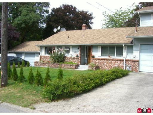Main Photo: 11535 MILLAR Road in Surrey: Royal Heights House 1/2 Duplex for sale (North Surrey)  : MLS® # F1102884