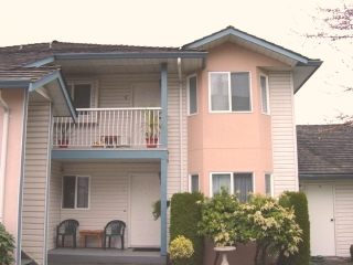 Main Photo:  in Chilliwack (Sardis area): Sardis West Vedder Rd Townhouse for sale (Chilliwack)  : MLS® # H2601000