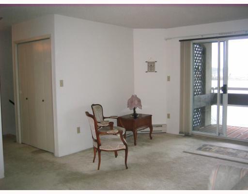 "Photo 3: 204 3 K DE K Court in New_Westminster: Quay Condo for sale in ""QUAYSIDE TERRACE"" (New Westminster)  : MLS(r) # V759422"