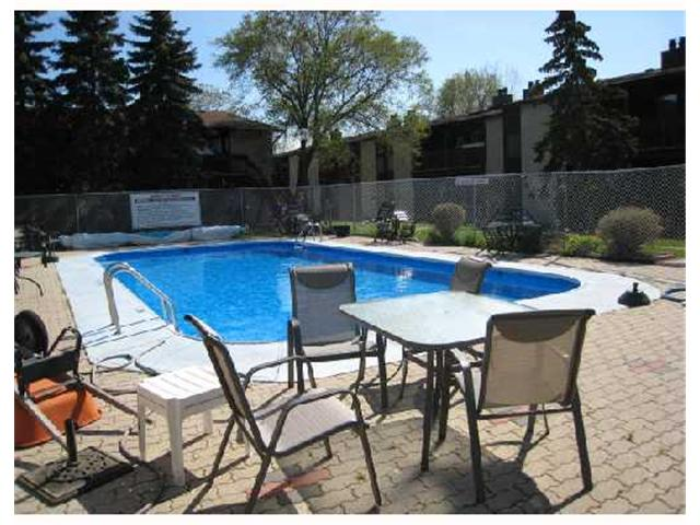 Photo 7: 30 120 SCOTSWOOD Drive in WINNIPEG: Charleswood Condominium for sale (South Winnipeg)  : MLS(r) # 2808838