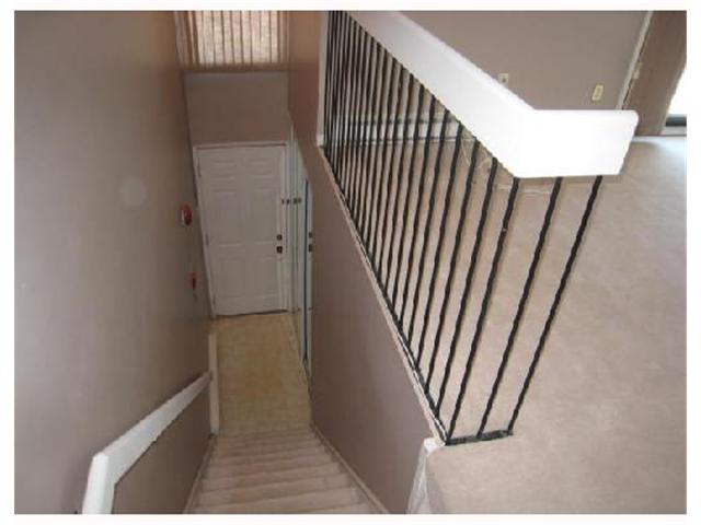 Photo 10: 30 120 SCOTSWOOD Drive in WINNIPEG: Charleswood Condominium for sale (South Winnipeg)  : MLS(r) # 2808838