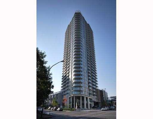 "Main Photo: 202 4808 HAZEL Street in Burnaby: Forest Glen BS Condo for sale in ""CENTREPOINT"" (Burnaby South)  : MLS®# V776348"