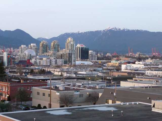 "Photo 7: 402 338 W 8TH Avenue in Vancouver: Mount Pleasant VW Condo for sale in ""LOFT 338"" (Vancouver West)  : MLS(r) # V857880"
