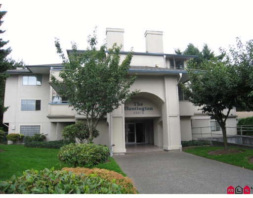 "Main Photo: 302 33675 MARSHALL Road in Abbotsford: Central Abbotsford Condo for sale in ""THE HUNTINGDON"" : MLS® # F2829300"