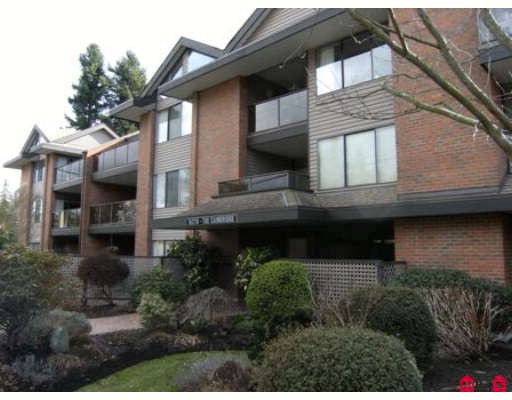 "Main Photo: 107 15270 17TH Avenue in Surrey: King George Corridor Condo for sale in ""Cambridge 1"" (South Surrey White Rock)  : MLS®# F2904404"