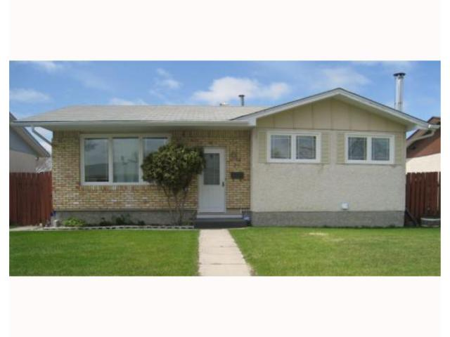 FEATURED LISTING: 75 MANKATO WINNIPEG