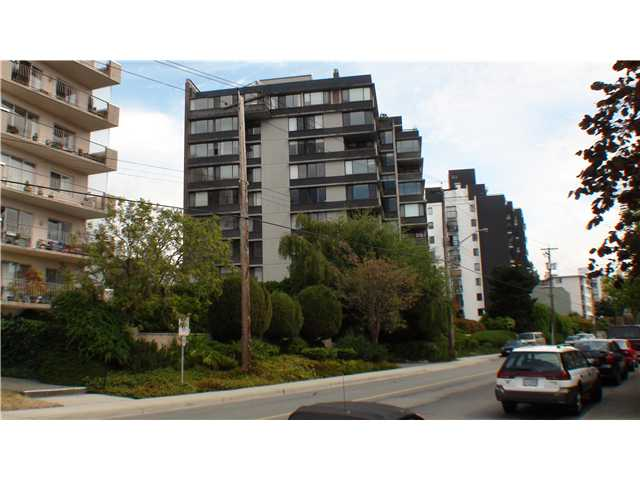 Main Photo: 202 2167 BELLEVUE Avenue in West Vancouver: Dundarave Condo for sale : MLS® # V849189