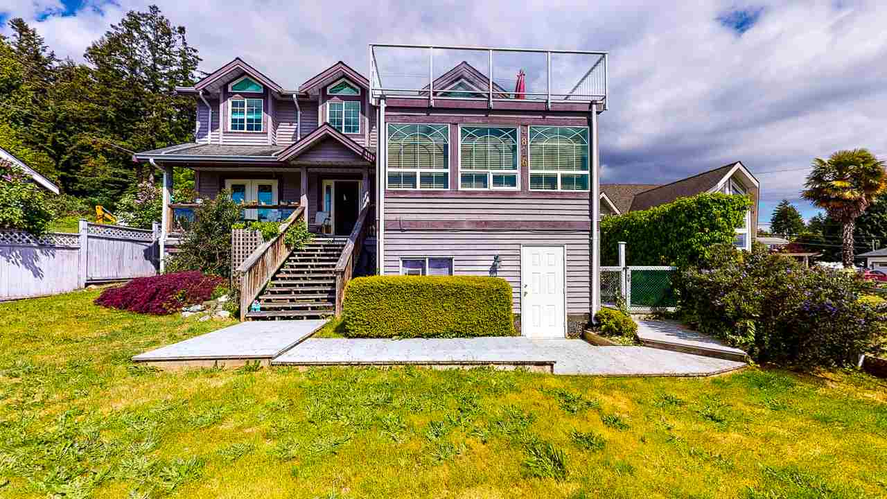 FEATURED LISTING: 4826 SUNSHINE COAST Highway Sechelt