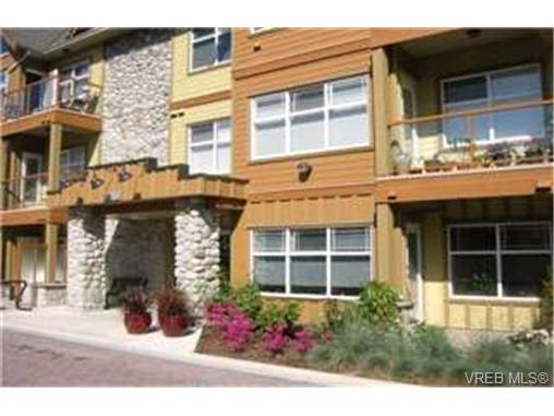 Photo 6: 107 1959 Polo Park Crescent in : CS Saanichton Condo Apartment for sale (Central Saanich)  : MLS(r) # 213887