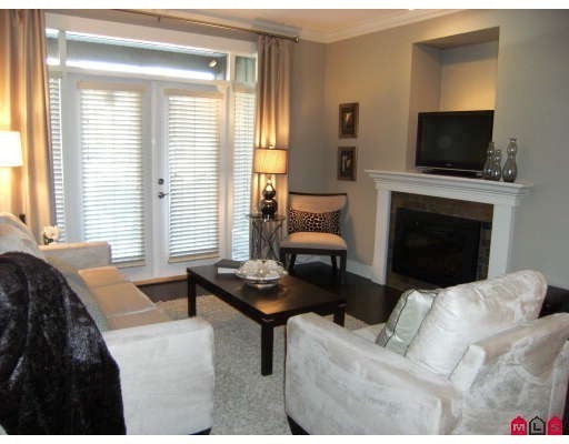 "Photo 3: 401 15368 17A Avenue in Surrey: King George Corridor Condo for sale in ""OCEAN WYNDE"" (South Surrey White Rock)  : MLS® # F2910535"