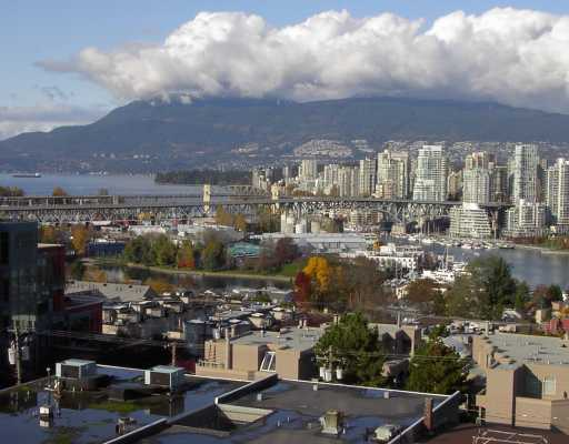 "Main Photo: 1005 1068 W BROADWAY BB in Vancouver: Fairview VW Condo for sale in ""THE ZONE"" (Vancouver West)  : MLS® # V797290"