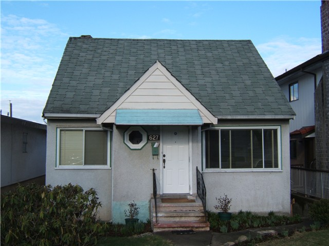 "Main Photo: 627 E 28TH Avenue in Vancouver: Fraser VE House for sale in ""FRASER"" (Vancouver East)  : MLS® # V865109"