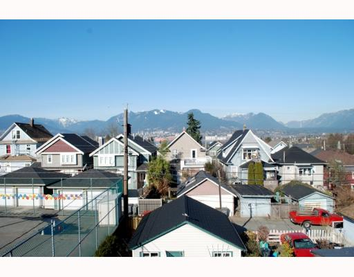 Photo 9: 1943 VENABLES Street in Vancouver: Hastings House for sale (Vancouver East)  : MLS® # V754356