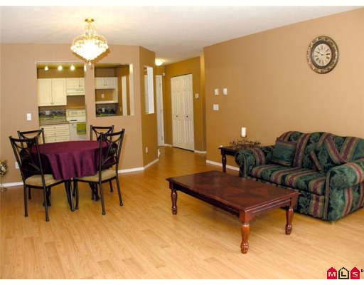 "Photo 5: 108 2435 CENTER Street in Abbotsford: Abbotsford West Condo for sale in ""CEDAR GROVE"" : MLS® # F2906015"