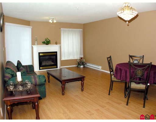 "Photo 4: 108 2435 CENTER Street in Abbotsford: Abbotsford West Condo for sale in ""CEDAR GROVE"" : MLS® # F2906015"