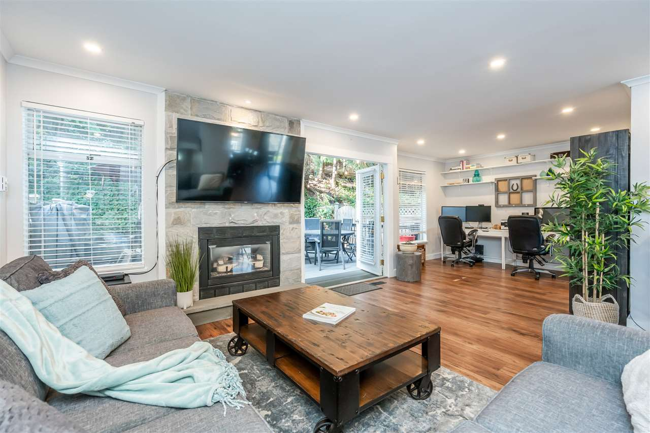 FEATURED LISTING: 303 - 1180 FALCON Drive Coquitlam