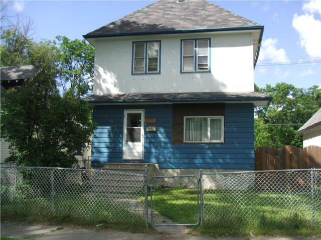 Main Photo: 483 Boyd Avenue in WINNIPEG: North End Residential for sale (North West Winnipeg)  : MLS®# 1011334