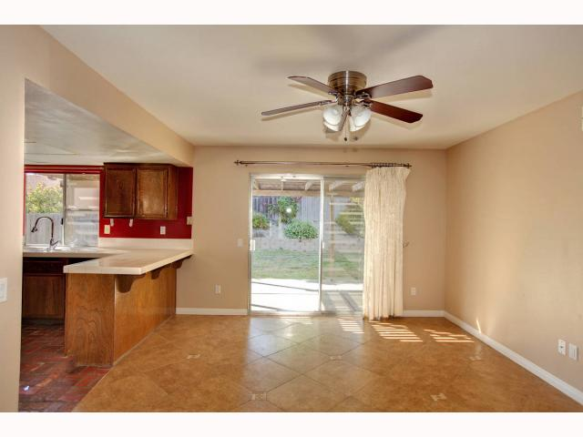 Photo 9: RANCHO PENASQUITOS House for sale : 3 bedrooms : 9572 PASEO TEMPORADA in San Diego
