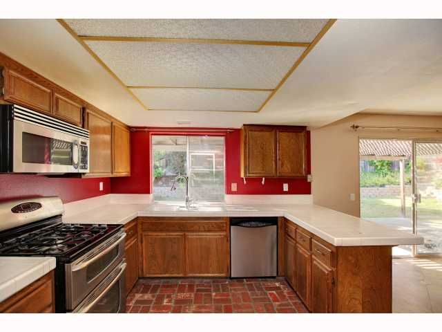 Photo 6: RANCHO PENASQUITOS House for sale : 3 bedrooms : 9572 PASEO TEMPORADA in San Diego