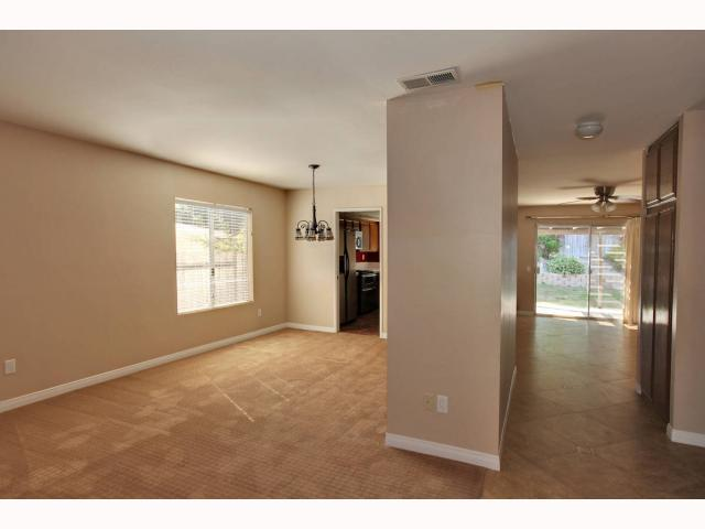 Photo 3: RANCHO PENASQUITOS House for sale : 3 bedrooms : 9572 PASEO TEMPORADA in San Diego