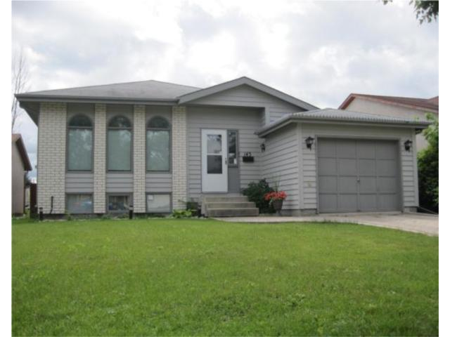 Main Photo: 143 AMERSHAM Crescent in WINNIPEG: St Vital Residential for sale (South East Winnipeg)  : MLS(r) # 1014356