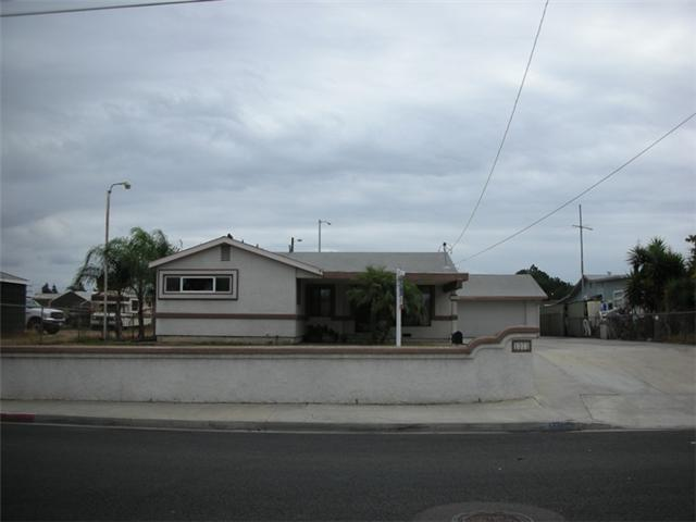 Main Photo: EL CAJON House for sale : 3 bedrooms : 1373 Naranca