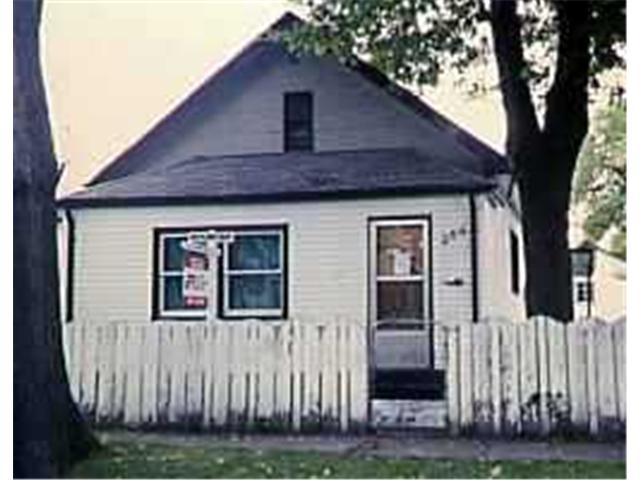Main Photo: 266 PRITCHARD Avenue in WINNIPEG: North End Residential for sale (North West Winnipeg)  : MLS(r) # 9619383