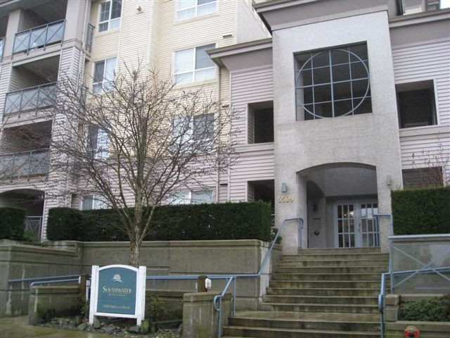 "Main Photo: 228 5500 ANDREWS Road in Richmond: Steveston South Condo for sale in ""SOUTHWATER"" : MLS® # V865341"