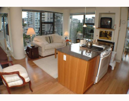 "Photo 4: 701 1723 ALBERNI Street in Vancouver: West End VW Condo for sale in ""THE PARK"" (Vancouver West)  : MLS(r) # V788776"