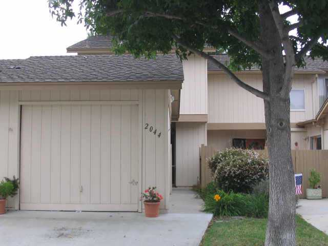 Main Photo: ENCINITAS Residential for sale : 3 bedrooms : 2044 Willowood Ln