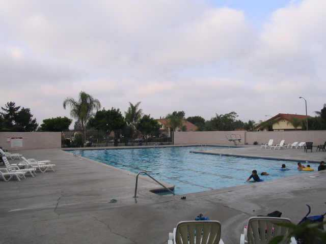 Photo 2: ENCINITAS Residential for sale : 3 bedrooms : 2044 Willowood Ln