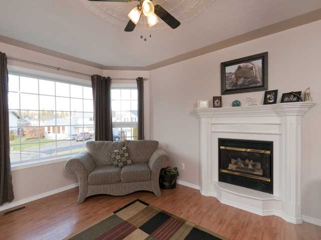 Photo 4: 5825 MOLEDO Place in Prince George: North Blackburn House for sale (PG City South East (Zone 75))  : MLS(r) # N205824