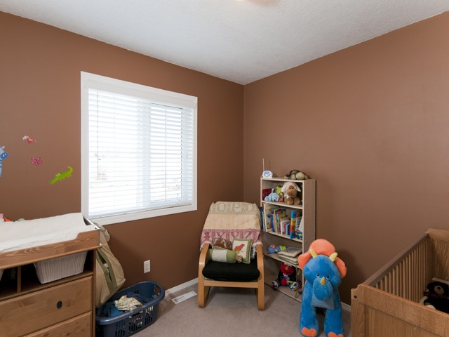 Photo 10: 5825 MOLEDO Place in Prince George: North Blackburn House for sale (PG City South East (Zone 75))  : MLS(r) # N205824