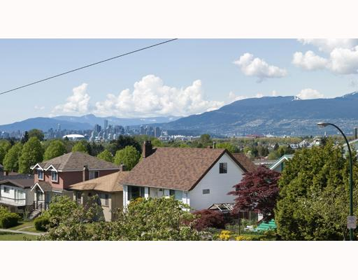 Main Photo: 3288 E 29TH Avenue in Vancouver: Collingwood VE House for sale (Vancouver East)  : MLS® # V765214