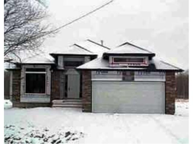Main Photo: 307 HANEY Street in WINNIPEG: Charleswood Residential for sale (South Winnipeg)  : MLS® # 2215225