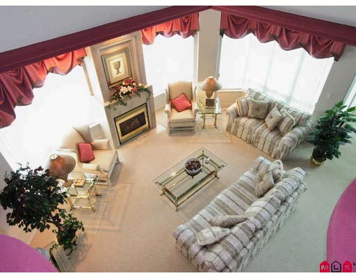 "Photo 3: 1703 33065 MILL LAKE Road in Abbotsford: Central Abbotsford Condo for sale in ""Summit Point"" : MLS® # F2820382"