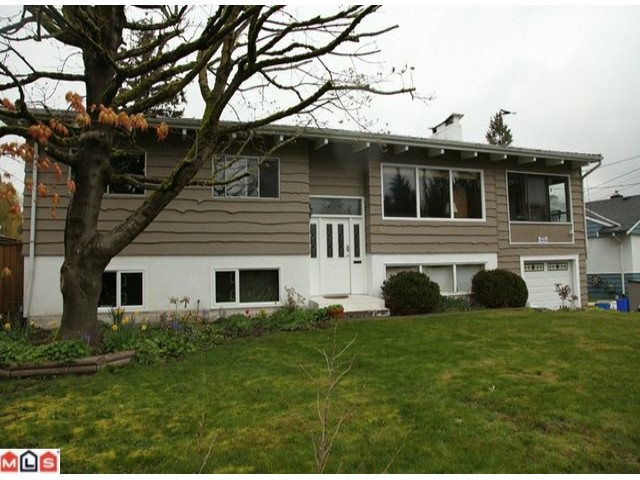 Main Photo: 10158 BEAVER Drive in Surrey: Cedar Hills House for sale (North Surrey)  : MLS® # F1010591