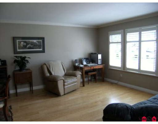 Photo 2: 6452 129A Street in Surrey: West Newton House for sale : MLS® # F2915690