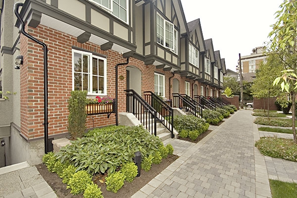 "Photo 15: 2628 QUEBEC Street in Vancouver: Mount Pleasant VE Townhouse for sale in ""MAISON LIVING"" (Vancouver East)  : MLS® # V720660"